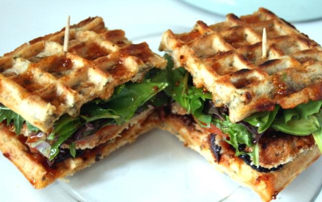 Chicken&WafflesBLAT2